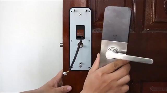 Khóa điện tử Samsung SHP - DS510 12